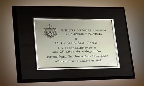 Placa reconocimiento 25 años de esperiencia abogado albacete